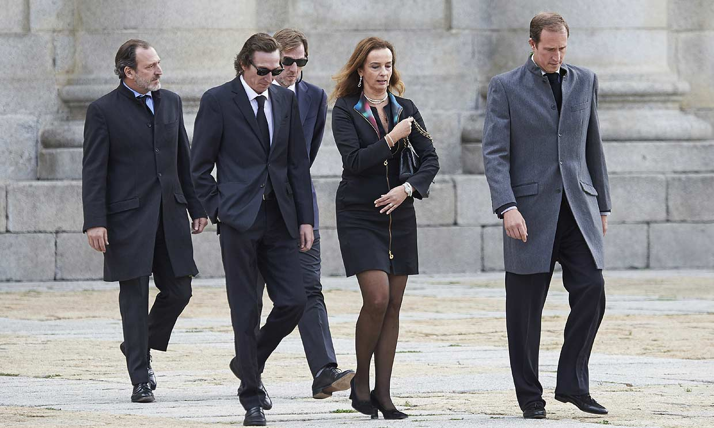 Así son los cinco hijos de doña Pilar, unidos en torno a la figura de su madre