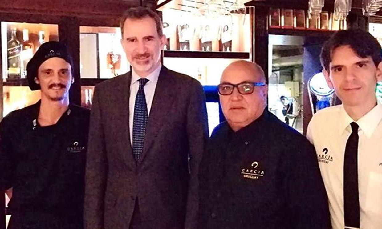 'Baby beef' a la parrilla, el plan fuera de agenda de Felipe VI en su viaje a Uruguay
