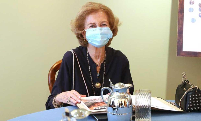 La reina Sofía reaparece para ayudar en la crisis del coronavirus
