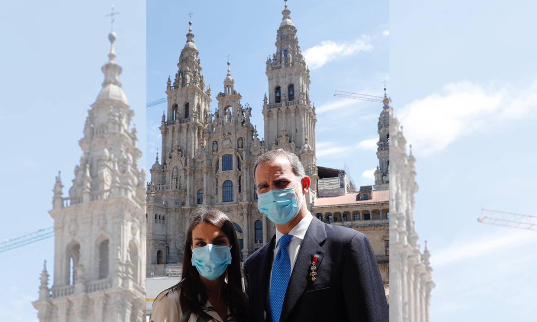 Don Felipe y doña Letizia se despiden de Galicia con una romántica imagen y un cariñoso mensaje