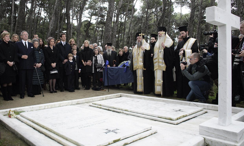 Las tumbas de los abuelos maternos de Felipe VI han sido vandalizadas