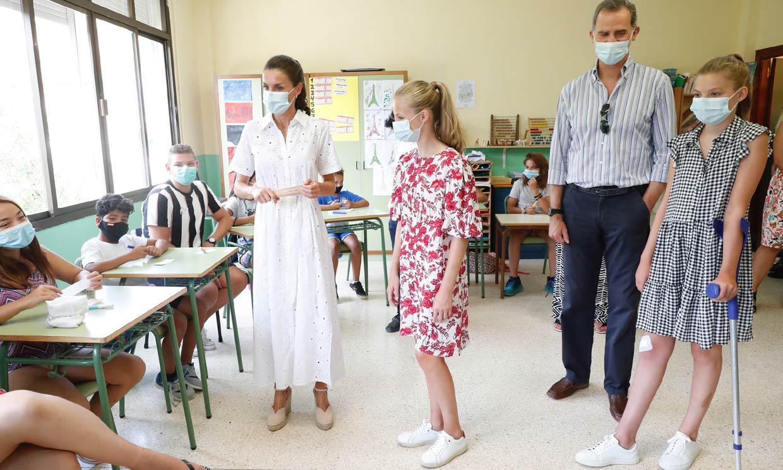 La vuelta al cole de Leonor y Sofía: por primera vez separadas y con fuertes medidas sanitarias