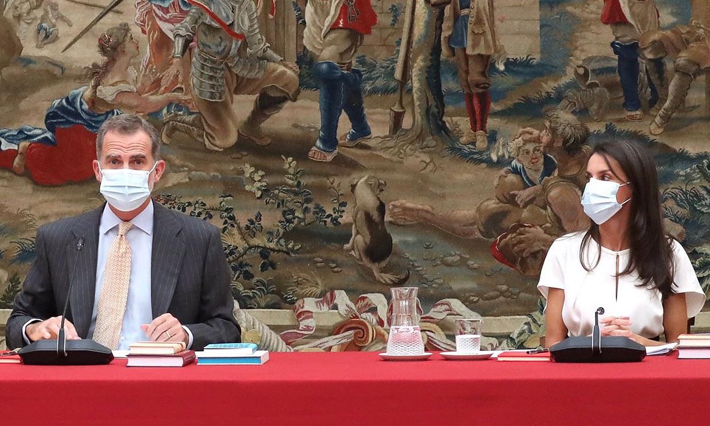 Escritores, cineastas... los reyes Felipe y Letizia, fieles a su cita con el Instituto Cervantes