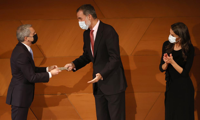 El comentario del Rey a Vicente Vallés que provoca carcajadas en una entrega de premios