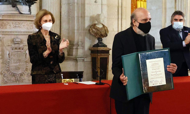 Doña Sofía comparte la agenda oficial con la reina Letizia mientras el Rey sigue en cuarentena