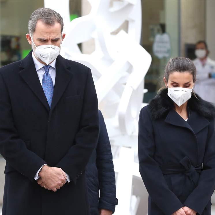 Los Reyes homenajean a los sanitarios fallecidos durante la pandemia