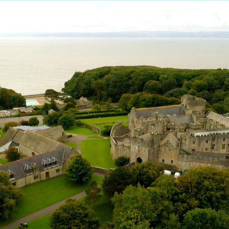 Foto a foto: así es el castillo del siglo XII donde estudiará la princesa Leonor