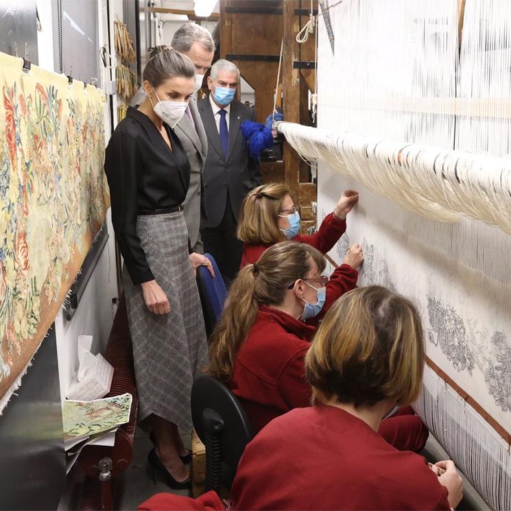 Los Reyes visitan la Real Fábrica de Tapices con motivo de su 300 aniversario