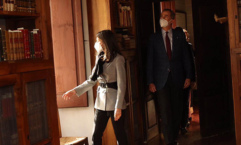 Los reyes Felipe y Letizia culminan su viaje a Andorra conociendo el pasado tradicional del país