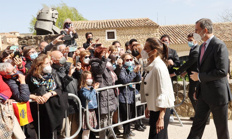 Trajes goyescos, autógrafos... los Reyes visitan Fuendetodos para conmemorar el 275º aniversario de Goya
