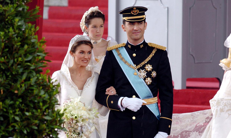 Los Reyes cumplen 17 años de casados, repasamos las imágenes más emblemáticas del día de su boda