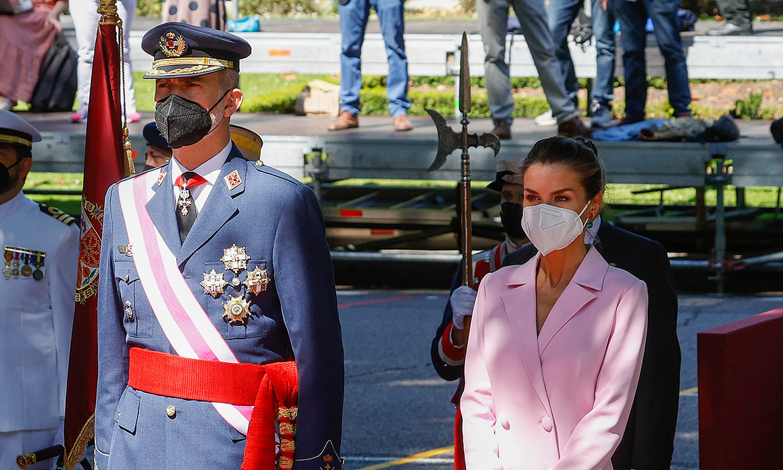 Los Reyes celebran en Madrid el Día de las Fuerzas Armadas marcado un año más por la pandemia