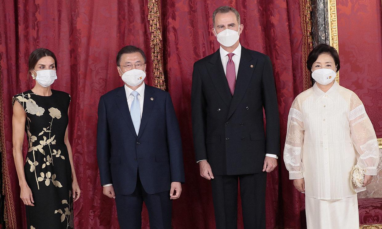 Los Reyes, anfitriones del presidente surcoreano y su mujer en una cena de Estado marcada por el COVID