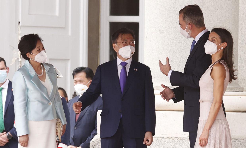 Símbolo de historia y tradición: los regalos que han intercambiado los Reyes con el presidente surcoreano