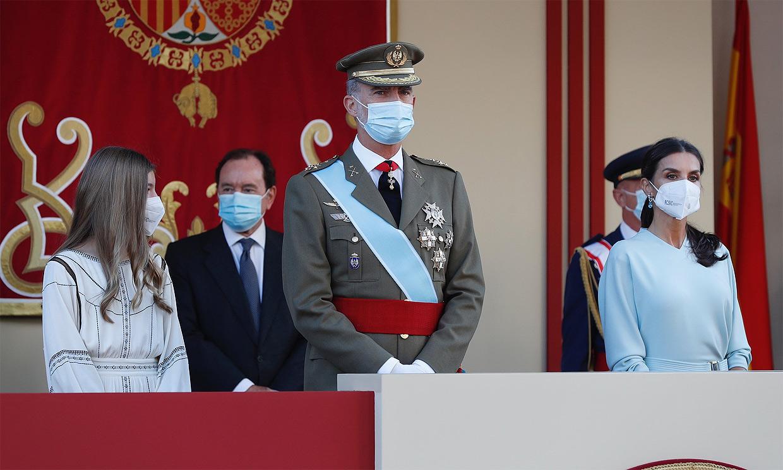 Los Reyes, junto a la infanta Sofía, presiden por primera vez sin la princesa Leonor los actos de la Fiesta Nacional