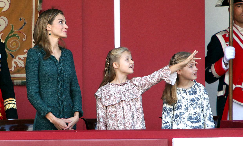 Las anécdotas y momentos para el recuerdo de la princesa Leonor y la infanta Sofía en la Fiesta Nacional