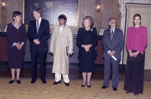 Primer acto oficial de la Familia Real holandesa después de la muerte del príncipe Claus