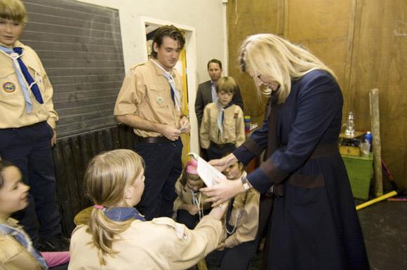 La princesa Máxima imparte clases de economía a niños holandeses