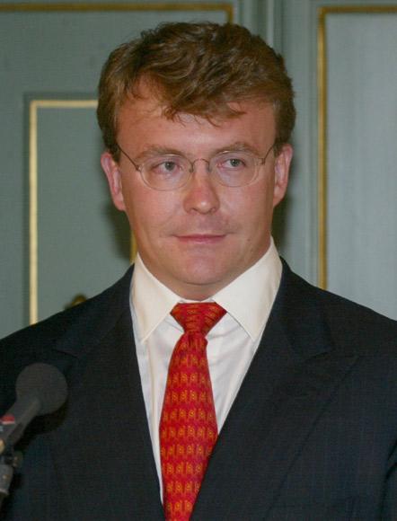 El príncipe Friso de Holanda, en coma desde el pasado 17 de febrero, es trasladado a una clínica especializada de Londres