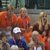 ¡A por todas! La emoción de Guillermo y Máxima de Holanda y sus tres hijas apoyando a sus nadadores