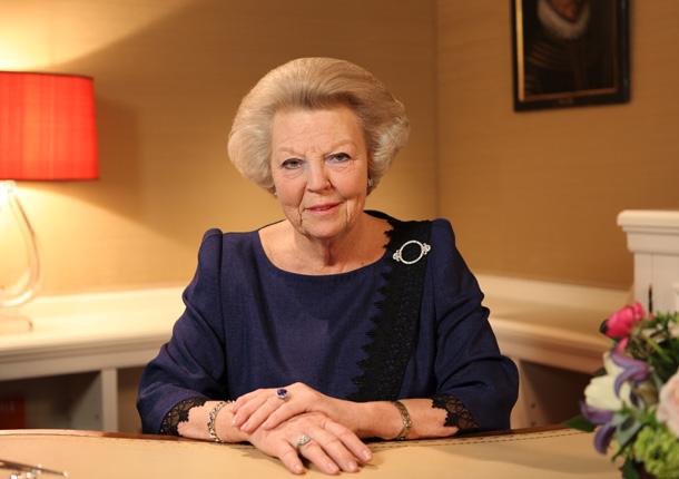 La reina Beatriz dice adiós a más de tres décadas en el trono