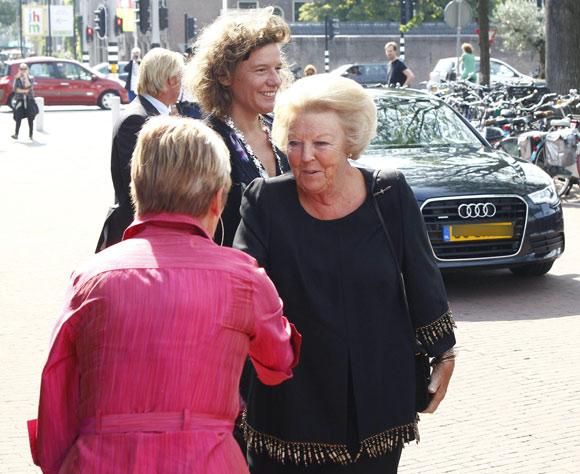 Beatriz de Holanda recupera la sonrisa tras la dolorosa pérdida de su hijo, el príncipe Friso