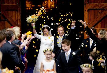 La Familia Real holandesa se reúne en la boda de Jaime de Borbón y Parma y Viktória Cservenyák
