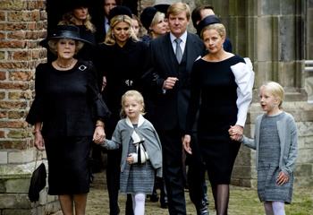 Familiares, amigos y personalidades recuerdan al príncipe Friso en una emotiva ceremonia