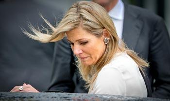 Guillermo y Máxima de Holanda, 'conmocionados' tras una reunión con los familiares de las víctimas