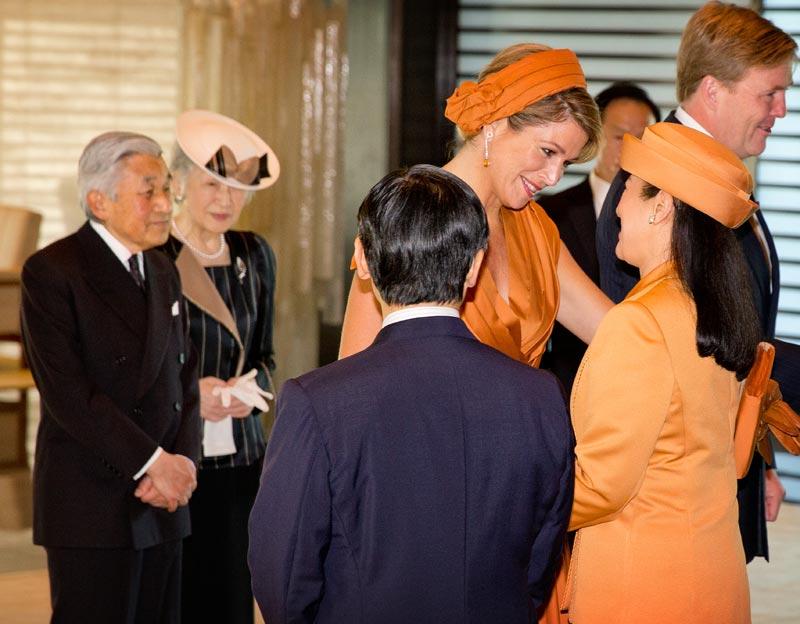 Masako de Japón vuelve a vencer su tristeza para rendir homenaje a Máxima de Holanda