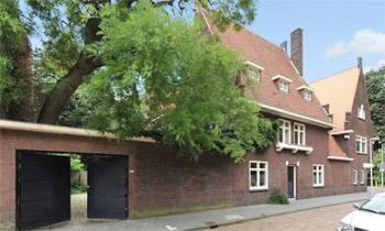 La casa 'monumental' a la que se mudarán Constantino y Laurentien de Holanda, cuñados de Máxima