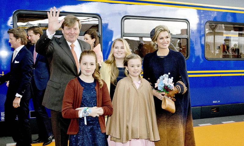 ¡Cómo han cambiado! Las hijas de Guillermo de Holanda le roban protagonismo el día de su 50 cumpleaños