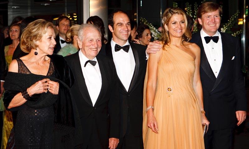 Máxima de Holanda visita a su padre hospitalizado en Buenos Aires