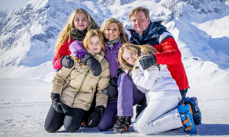 La Familia Real holandesa 'descongela' Lech a punto de 'flash'
