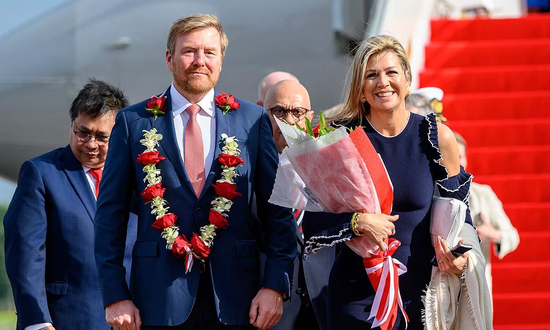 Los reyes de Holanda llegan a Indonesia entre medidas de precaución por el coronavirus