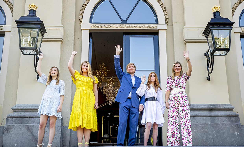 Guillermo y Máxima de Holanda, junto con sus hijas, llenan de sonrisas el Día del Rey más atipico