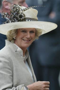 El príncipe Carlos cambia sus planes oficiales para no perderse el cumpleaños de Camilla