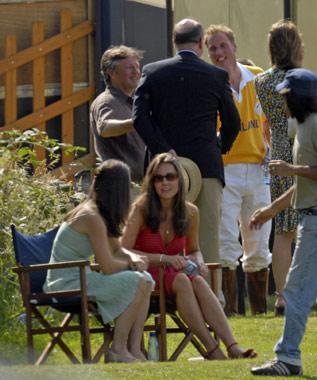 Kate Middleton, protegida por el servicio de seguridad de Guillermo