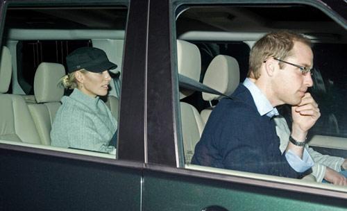 Los nietos mayores del duque de Edimburgo le visitan en el hospital tras su operación de corazón