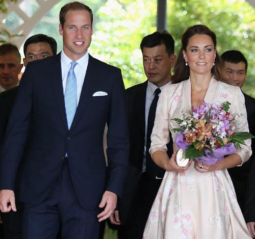 Los Duques de Cambridge inician su gira por Asia recordando a Diana de Gales