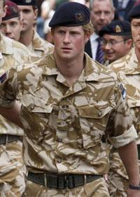 Familia real Britanica Harry-ataquebase--b