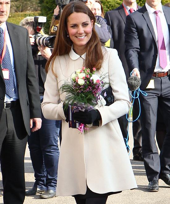 Blanca y radiante va... La Duquesa de Cambr