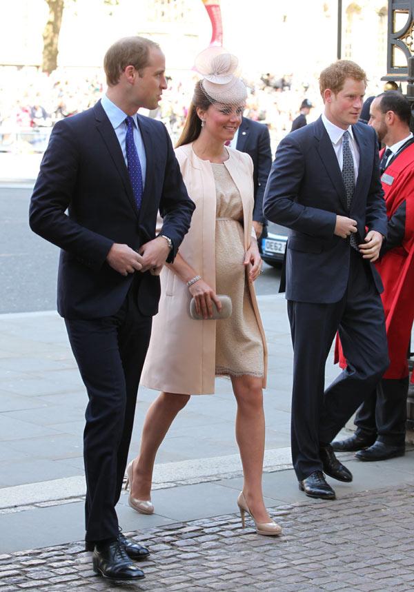 Los Duques de Cambridge regresan a la abadía de Westminster por primera vez desde su boda para celebrar el 60º aniversario de la Coronación de Isabel II