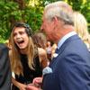 El príncipe Carlos provoca un ataque de risa a Cara Delevingne en su fiesta de máscaras en Clarence House