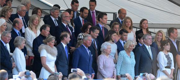 Los Middleton viven un día 'real' antes de la llegada del primer hijo de los Duques de Cambridge