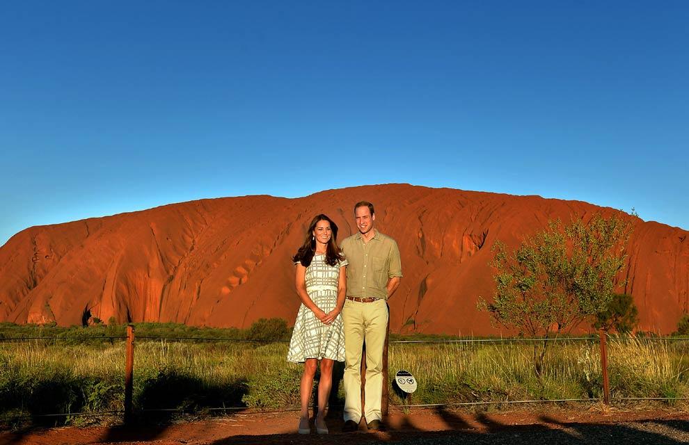 Los Duques de Cambridge, eco de Carlos y Diana de Gales en Uluru
