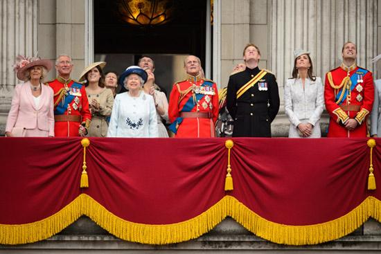 El príncipe George, el gran ausente en el desfile por el cumpleaños de la reina Isabel