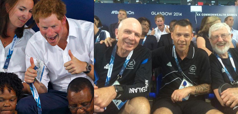 El 'photobomb' del príncipe Harry y las bromas, los gestos de cariño y la emoción de los Duques de Cambridge en los Juegos de la Commonwealth