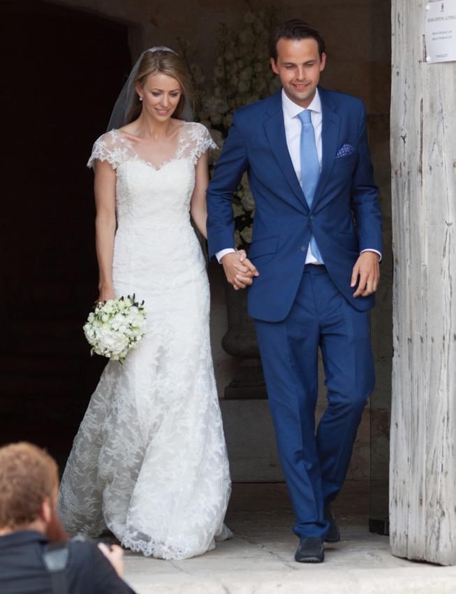 El príncipe Harry, sin Cressida Bonas pero con Pippa Middleton, en la boda de unos amigos