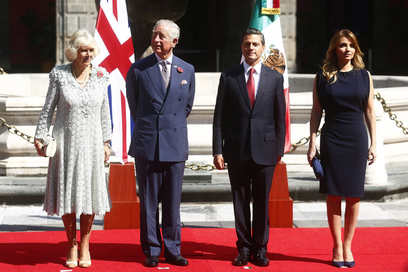 Una travesía en piragua, clases de cocina y mucho folclore... Carlos y Camilla de Inglaterra presentan con el Presidente y la Primera Dama de México el año dual